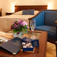 Ambassador Hotel Guestroom