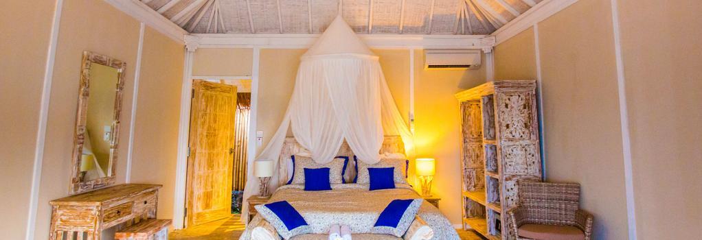 Seraya Hotel And Resort - Labuan Bajo - Bedroom