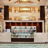 Roda Al Bustan Hotel Lobby Lounge