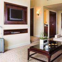 Roda Al Bustan Hotel Suite