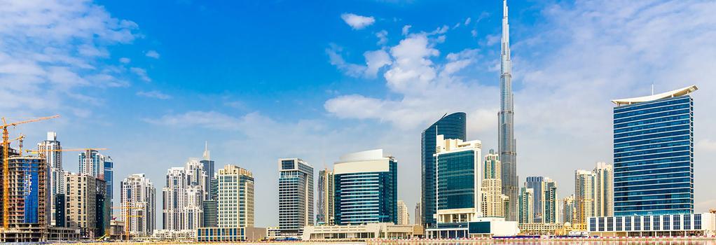 Roda Al Bustan Hotel - Dubai - Building