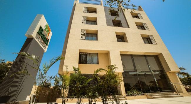 The Basil Park - Bhavnagar - Building