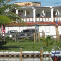Michelo Suites Exterior