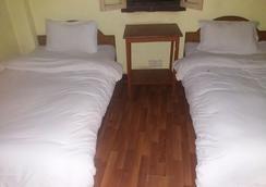 King's Land Hotel - Kathmandu - Kamar Tidur