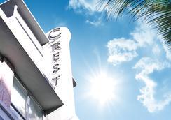 Crest Hotel Suites - Miami Beach - Bangunan