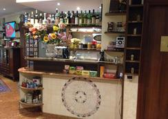 Caligola Resort - Roma - Bar