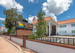 Key Suites - Orlando - Bangunan