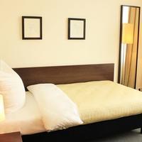 Hotel Lutzow Guestroom