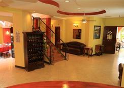 Hotel Le Chateau - Managua - Lobi