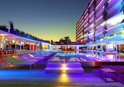 Ushuaia Ibiza Beach Hotel - Sant Jordi de ses Salines - Kolam