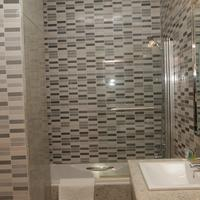 Swiss International Mabisel Guests Bathroom