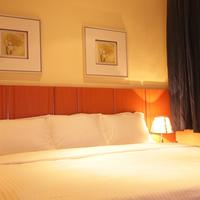 Swiss International Mabisel Guestroom