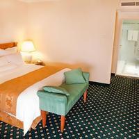 JW Marriott Bucharest Grand Hotel Guest room