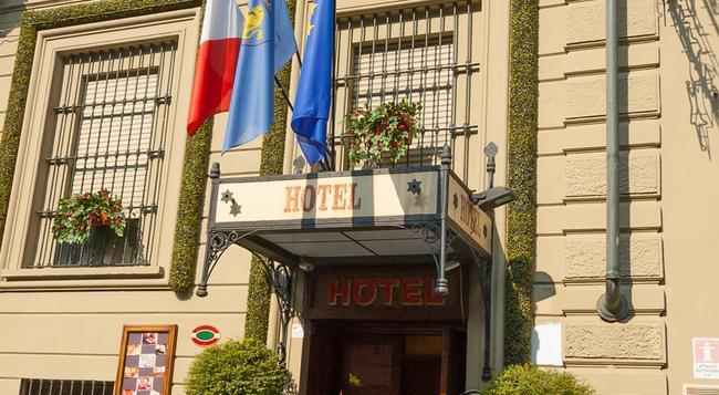 Hotel Giulio Cesare - Turin - Building