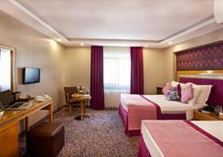 Carlton Hotel - Istanbul - Kamar Tidur