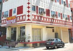 Hotel Deepak Jaipur - Jaipur - Bangunan