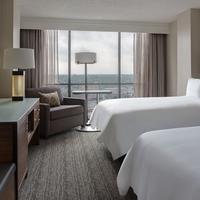San Antonio Marriott Riverwalk Guest room