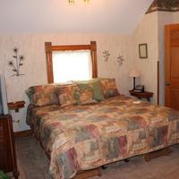 The Harney House Inn Guestroom