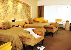 Hotel Baruk Teleferico y Mina - Zacatecas - Kamar Tidur