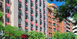 Vincci Soma - Madrid - Bangunan