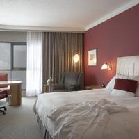 Brookstreet Guest room