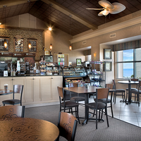Sea Crest Oceanfront Resort Cafe