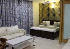 Hotel River View - New Delhi - Kamar Tidur