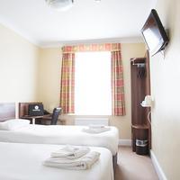 Victoria Inn London Guestroom