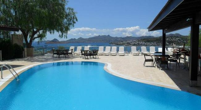 Sestra Hotel - Bodrum - Pool