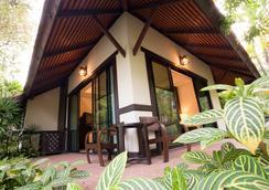 Horizon Village & Resort Chiangmai - Chiang Mai - Balkon