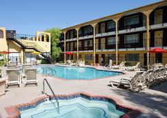 Mardi Gras Hotel & Casino - Las Vegas - Kolam