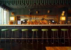Mccarren Hotel & Pool - Brooklyn - Bar