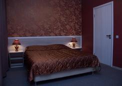 Standartoff Hotel - Omsk - Kamar Tidur