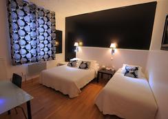 Hotel Italia - Tours - Kamar Tidur