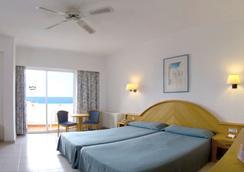Hotel Riu Playa Park - Palma de Mallorca - Kamar Tidur