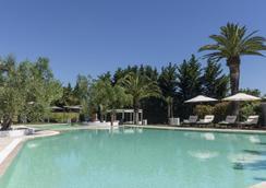 Hotel Terranobile Metaresort - Bari - Kolam