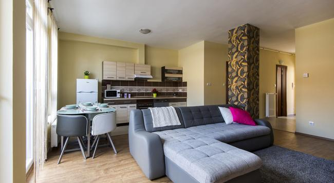 Grand Budapest Penthouse - Budapest - Bedroom