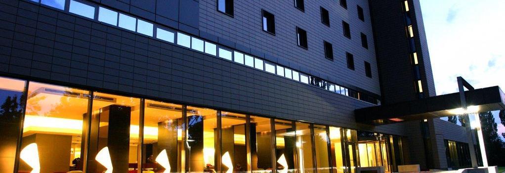 Ramada Plaza Bucharest Convention Center - Bucharest - Building