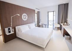 C2 hôtel - Marseille - Kamar Tidur