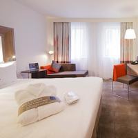 Novotel Warszawa Centrum Executive One Double and One Sofa Bed