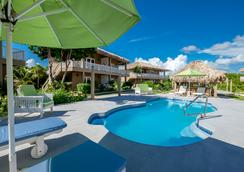 Sapphire Beach Resort - San Pedro Town - Pemandangan luar