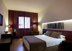 Ayre Hotel Sevilla - Sevilla - Kamar Tidur