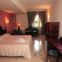 Ayre Hotel Córdoba Guest Room