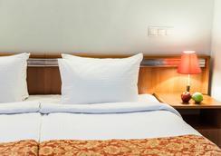 Imperiya Hotel - Irkutsk - Kamar Tidur