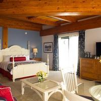 Boston Yacht Haven Guest Suite