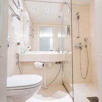 Forenom Pop-up Hotel Bathroom