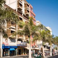 Hotel Adonis Plaza Exterior