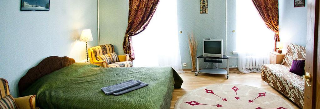 Bed2Bed Na Bolshoy Morskoy Mini-Hotel - Saint Petersburg - Bedroom