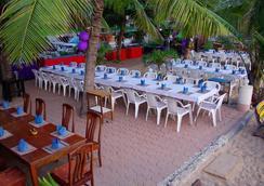 Sea Falcon Hotel - Pattaya - Restoran