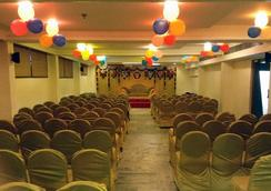 Hotel Pratap Plaza - Chennai - Atraksi Wisata